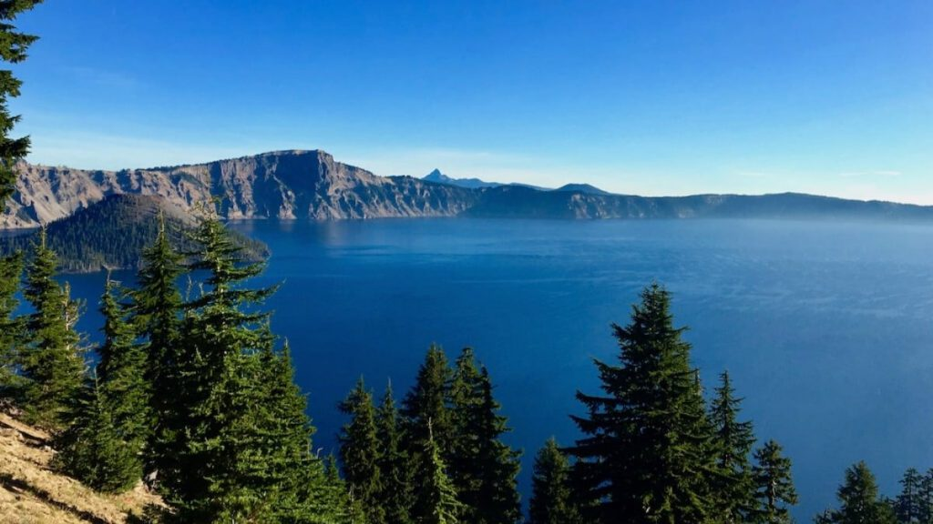 Crater Lake 2 day Itinerary